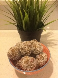 fig and goji bliss balls
